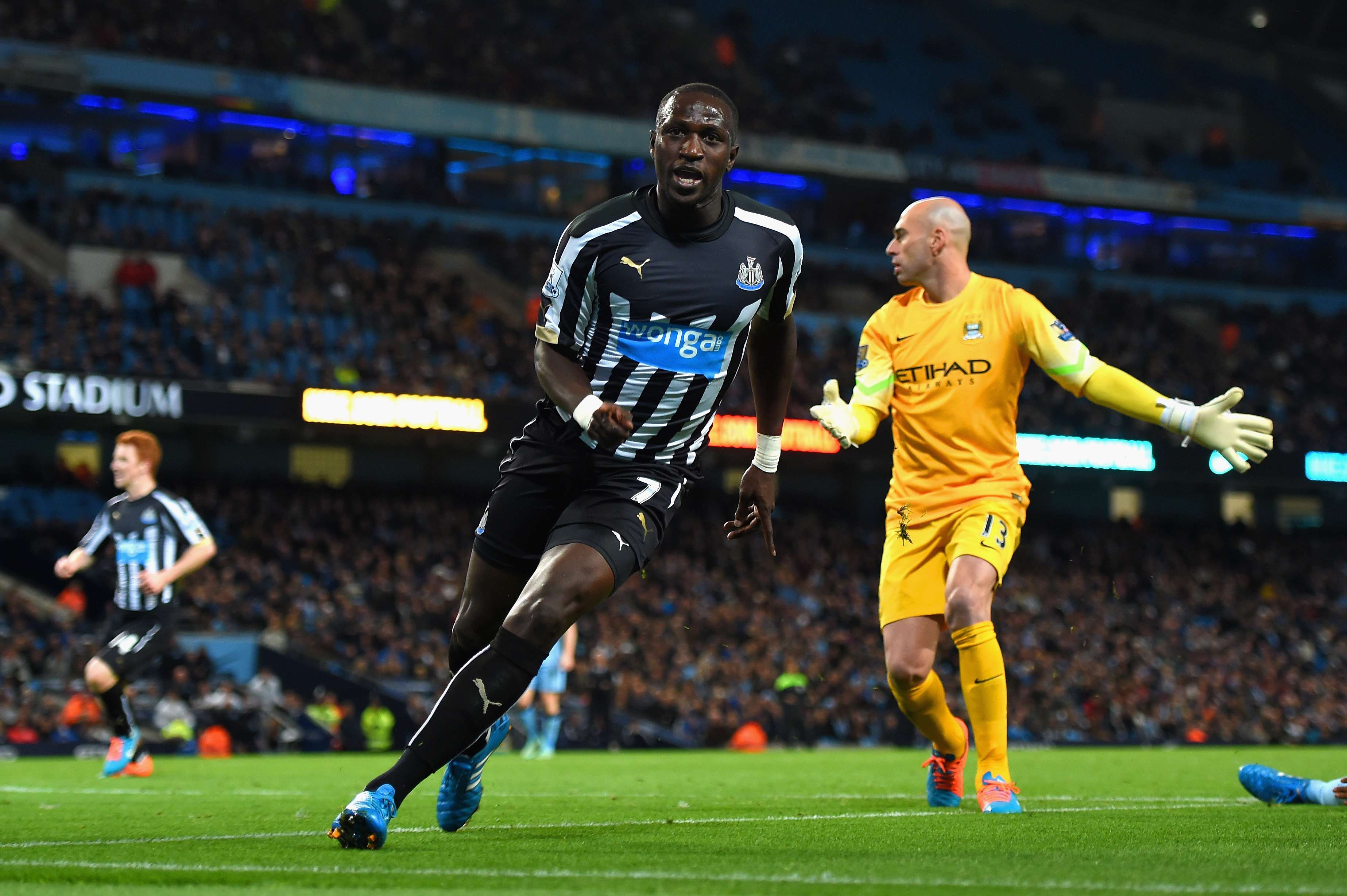 Sissoko fez o gol que selou a vitória do Newcastle Foto: Michael Reagan/Getty Images