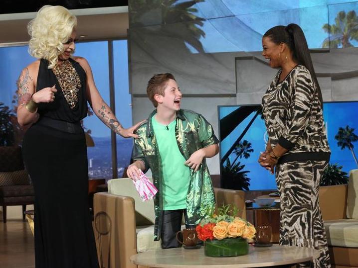 Brendan Jordan no programa da Queen Latifah Foto: Twitter/Reprodução