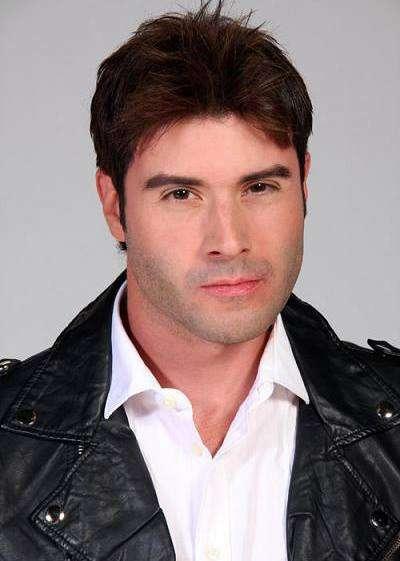 Jonathan Montenegro fue denunciado por su esposa, la también actriz Yelena Maciel. Foto: Twitter