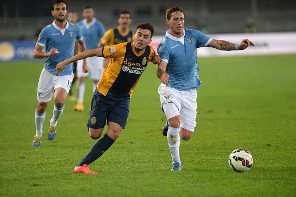 Hellas Verona se mantiene en la zona media de la tabla. Foto: Getty Images