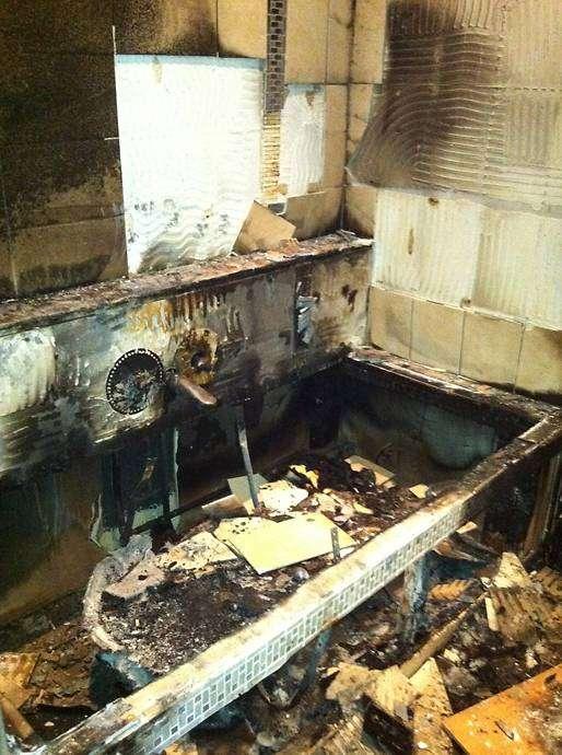 Así quedó la mansión que Balotelli rentaba en Manchester. Las reparaciones alcanzaron los 400 mil euros. Foto: Daily Mail