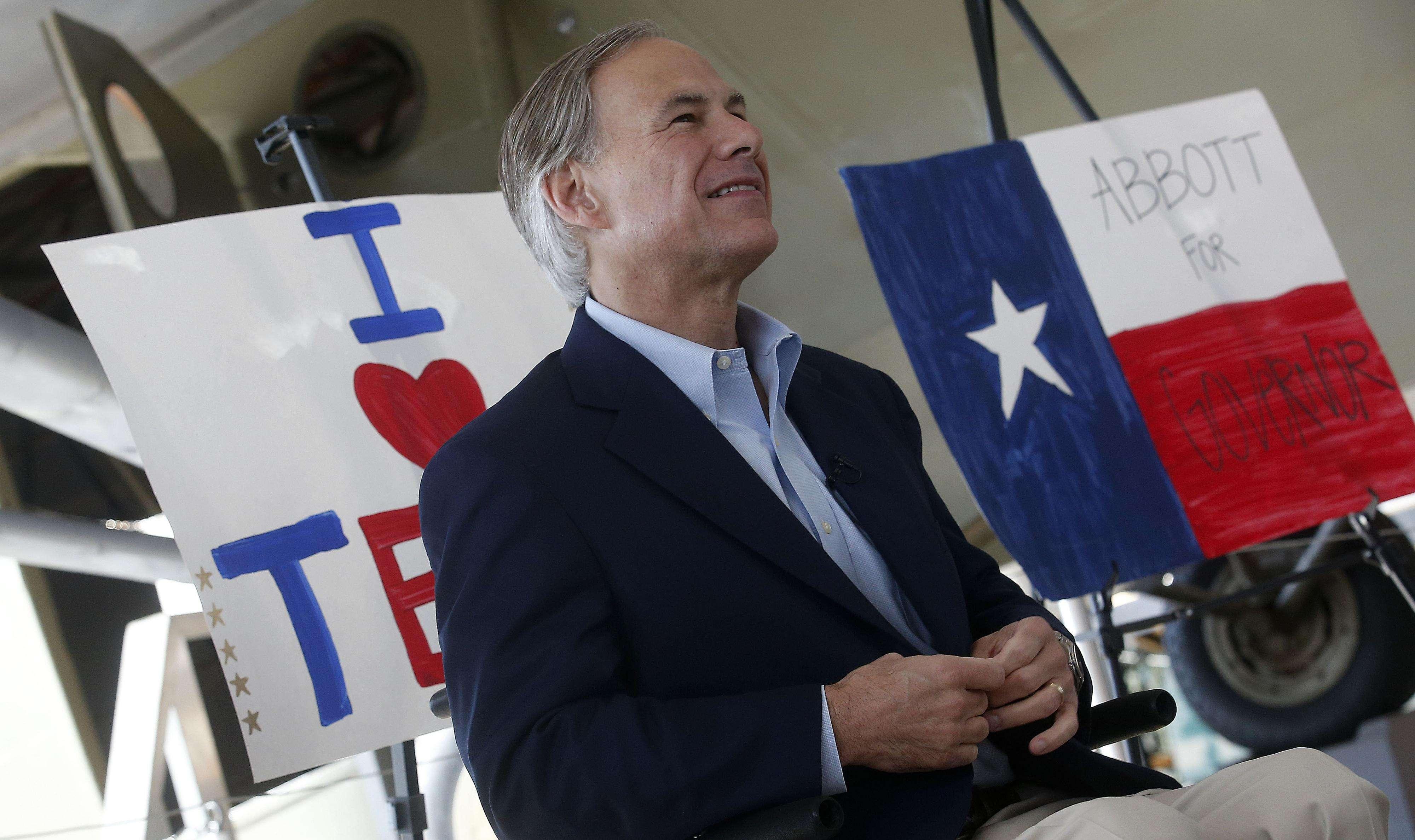 El candidato republicano Greg Abott durante un acto de campaña en Lubbock, Texas, el 28 de octubre de 2014. Foto: AP en español