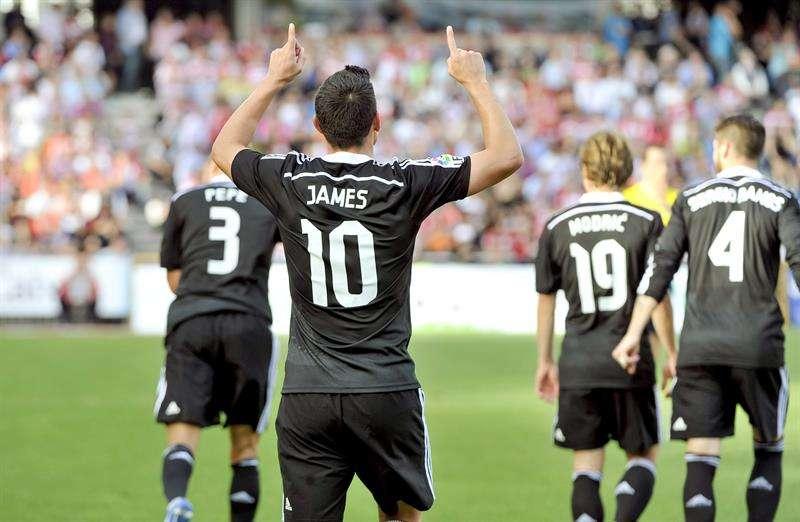 El colombiano James Rodríguez marcó doblete en la goleada de Real Madrid. Foto: EFE