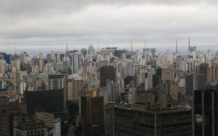 Vista aérea da cidade de São Paulo. 18/06/2014. Foto: Maxim Shemetov/Reuters