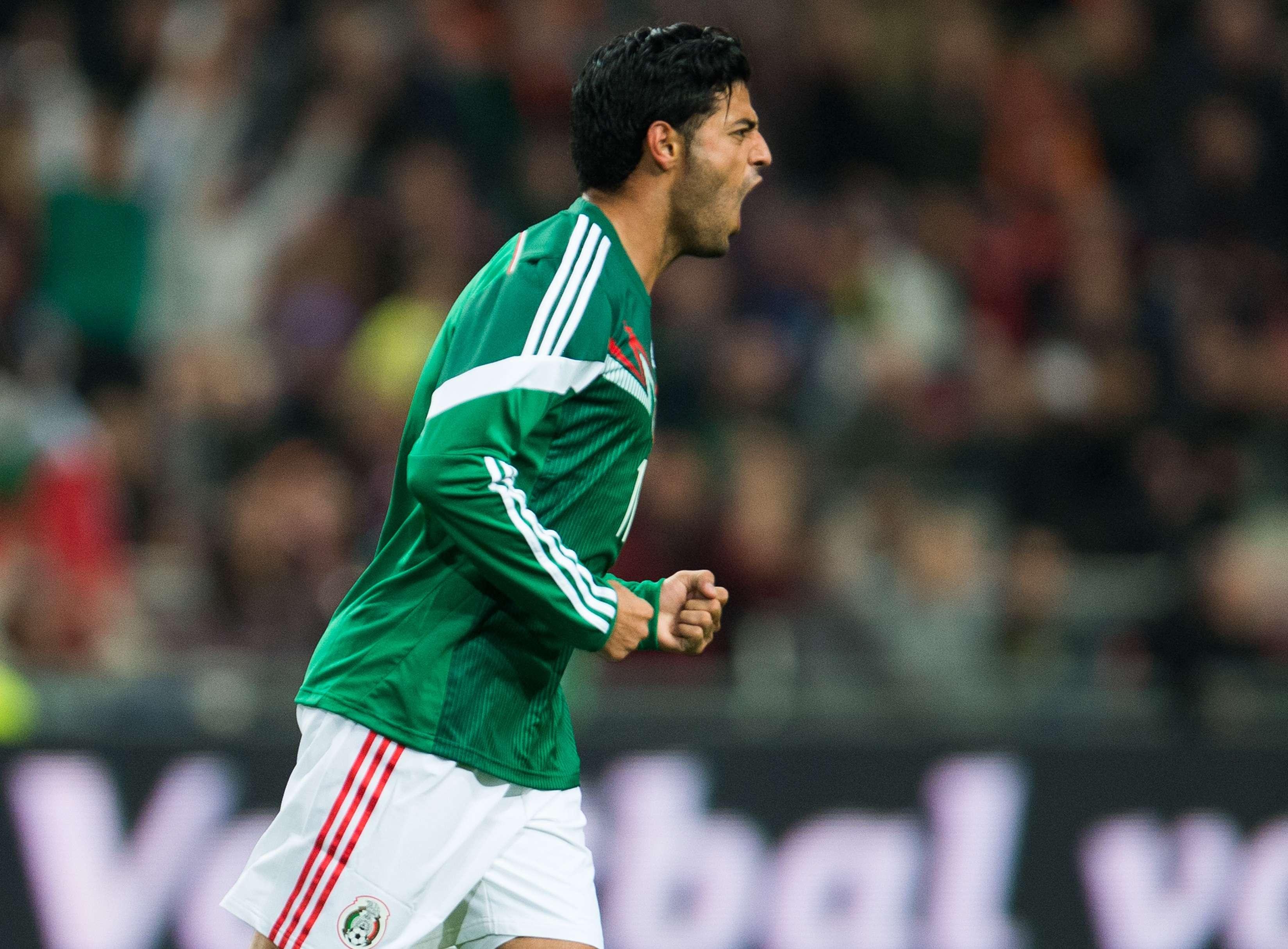 Carlos Vela celebra su segundo gol en el triunfo de México 3-2 sobre Holanda. Foto: Mexsport