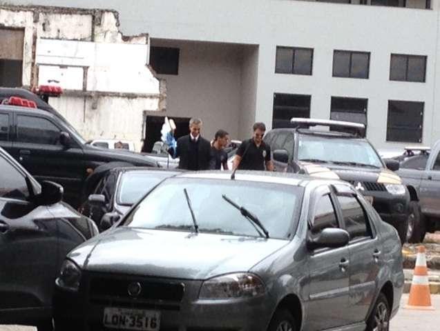 Policiais recolheram documentos em empresas no Rio de Janeiro Foto: Marcus Vinicius Pinto/Terra