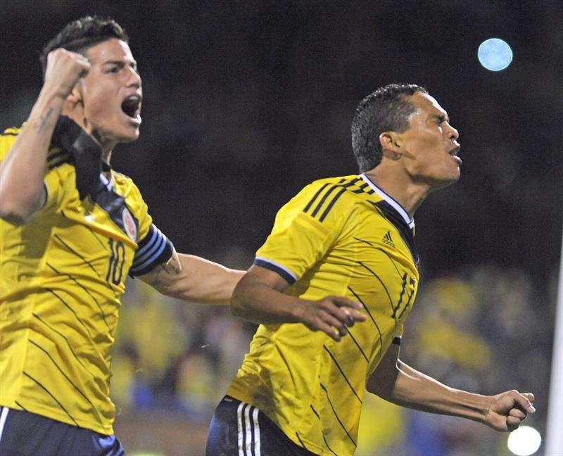 James Rodríguez, en partido con EE. UU. Foto: EFE en español