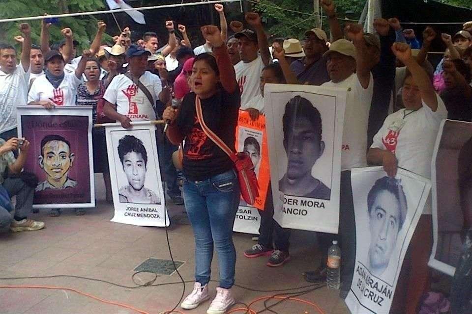 Las protestas por Ayotzinapa podrían aumentar en los próximos días Foto: Virgilio Sánchez/Reforma