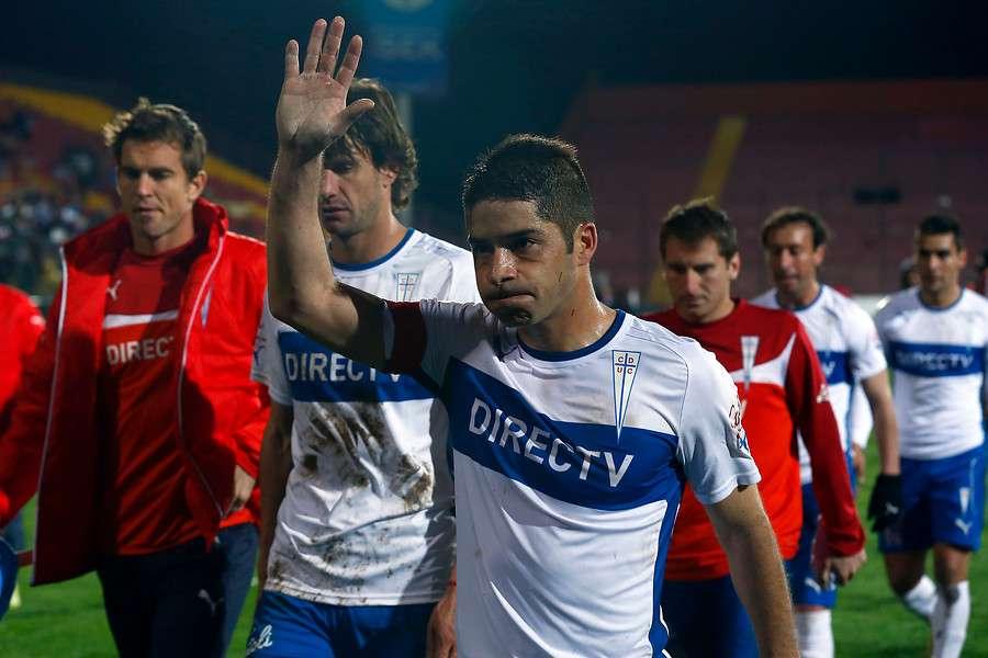 Cristián Álvarez quiere complicar a Colo Colo con el título. Foto: Agencia UNO