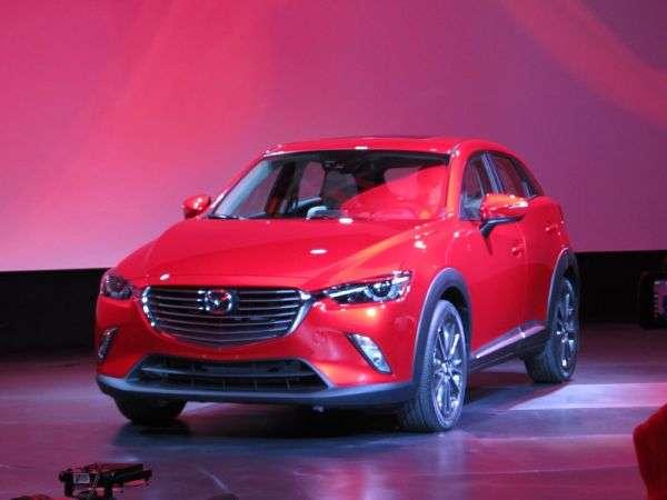 Mazda presentó en Los Angeles al nuevo CX-3 2016, un crossover que llegará a competir en un segmento importante. Foto: Autos Terra MotorTrend
