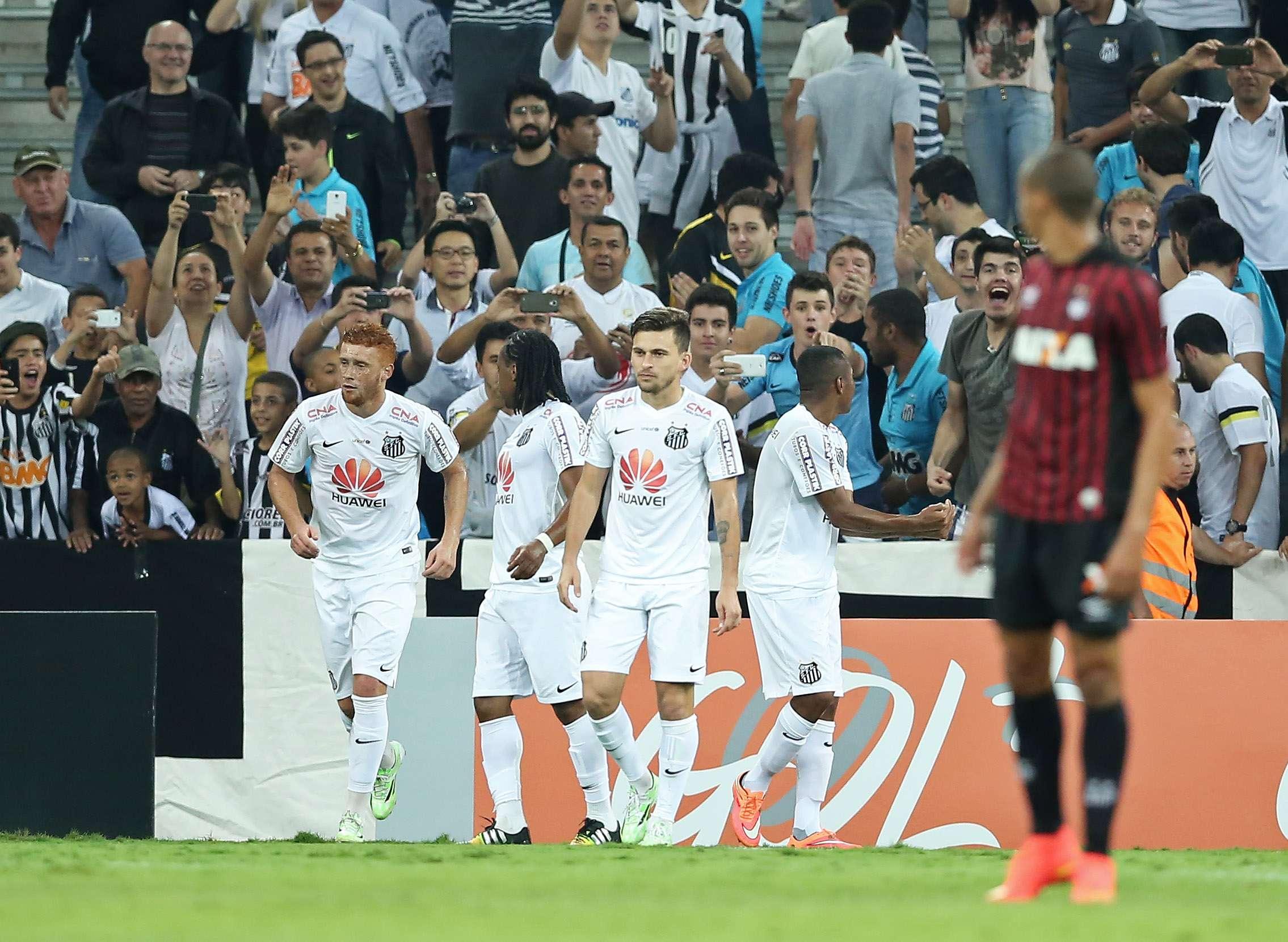 Atacante santista marcou seu quarto gol na competição Foto: Heuler Andrey/Getty Images