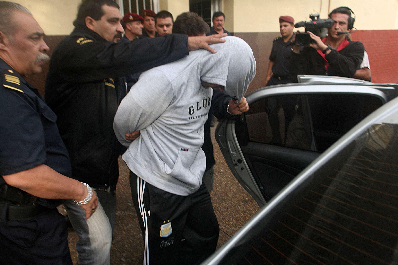 Lucas Adrián Luque, el acusado por el crimen de Noelia Akrap, fue trasladado esta mañana a los tribunales de Quilmes. Foto: NA