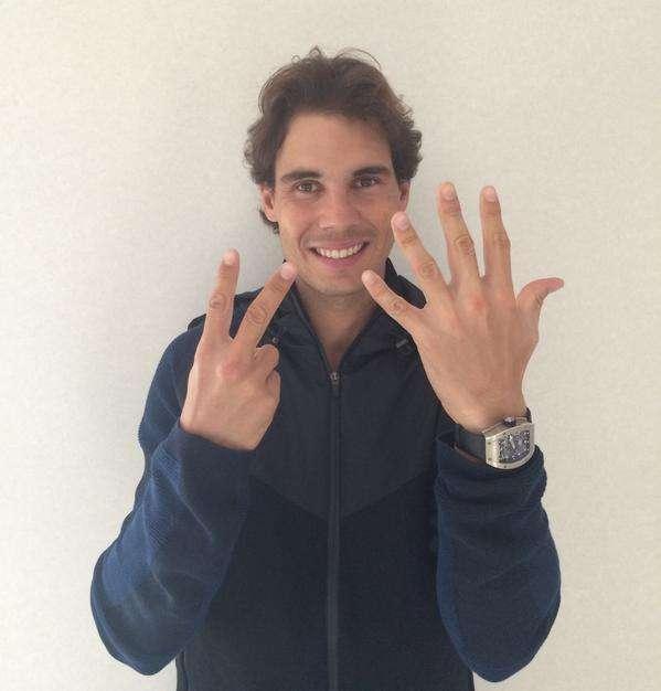 Nadal celebró así con sus seguidores en Twitter. Foto: Cortesía Twitter Rafael Nadal
