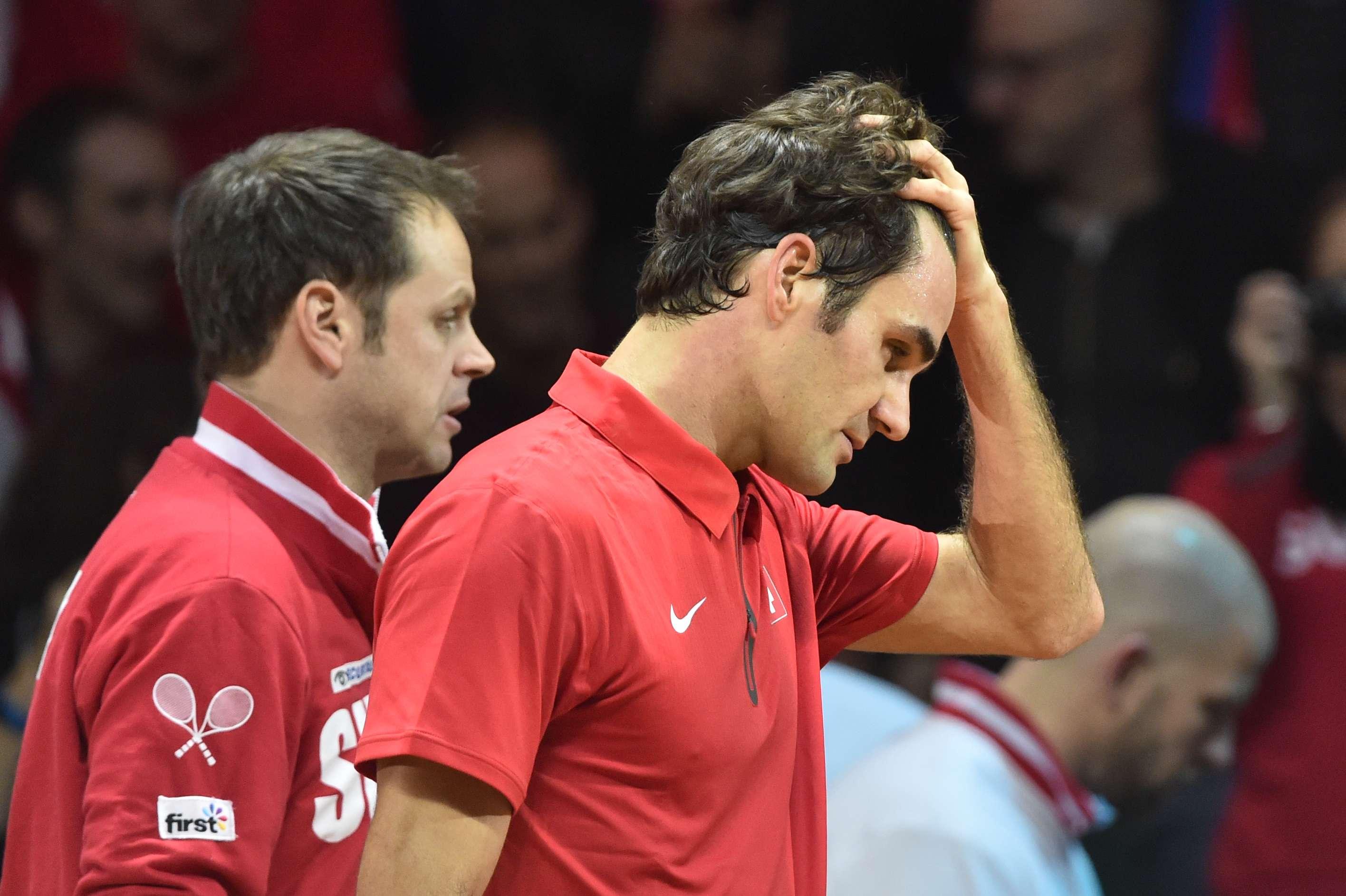 El suizo cayó 6-1, 6-4 y 6-3 ante Gael Monflis. Foto: AFP en español