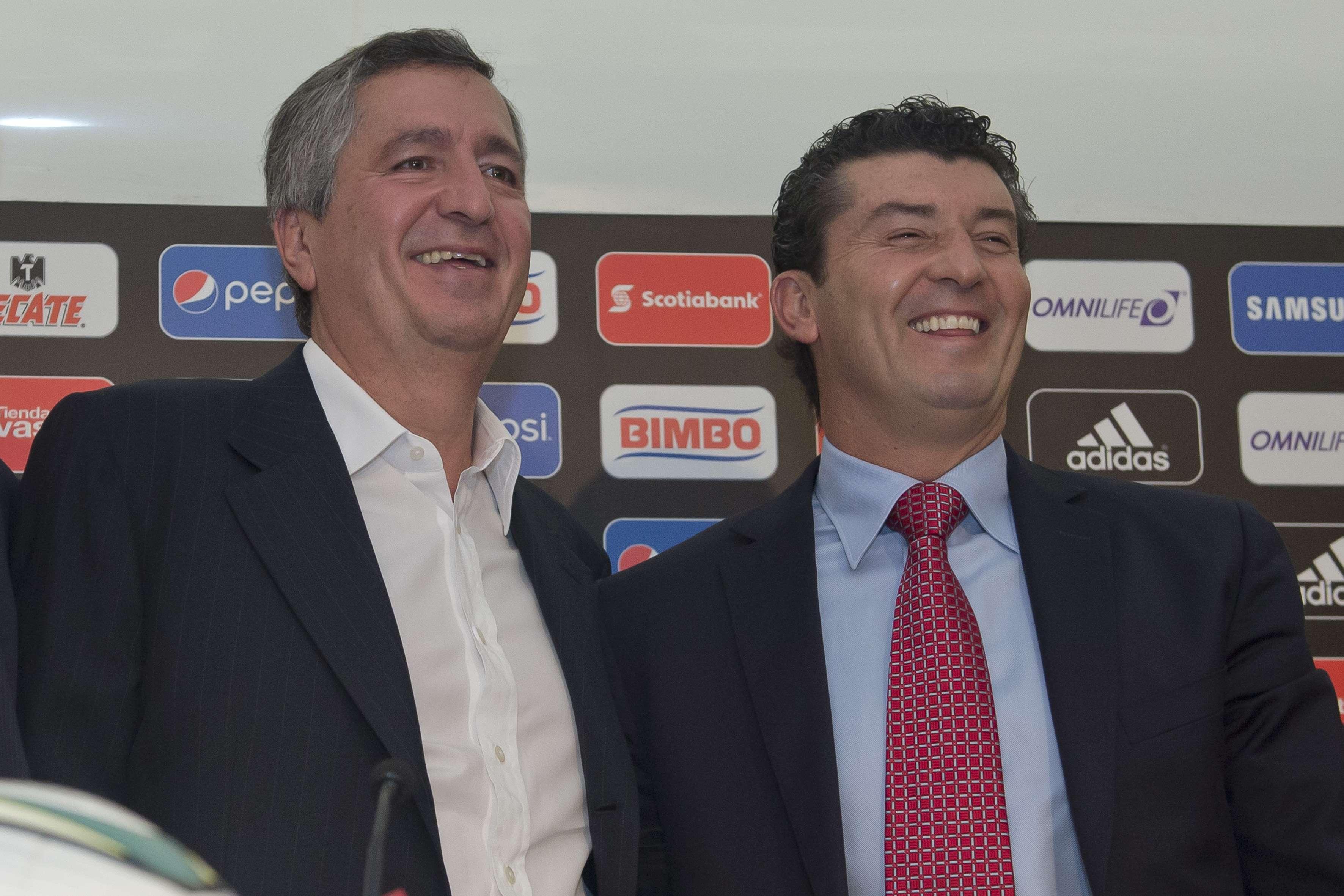 Trabajando juntos le dieron su último título a Chivas Foto: Mexsport