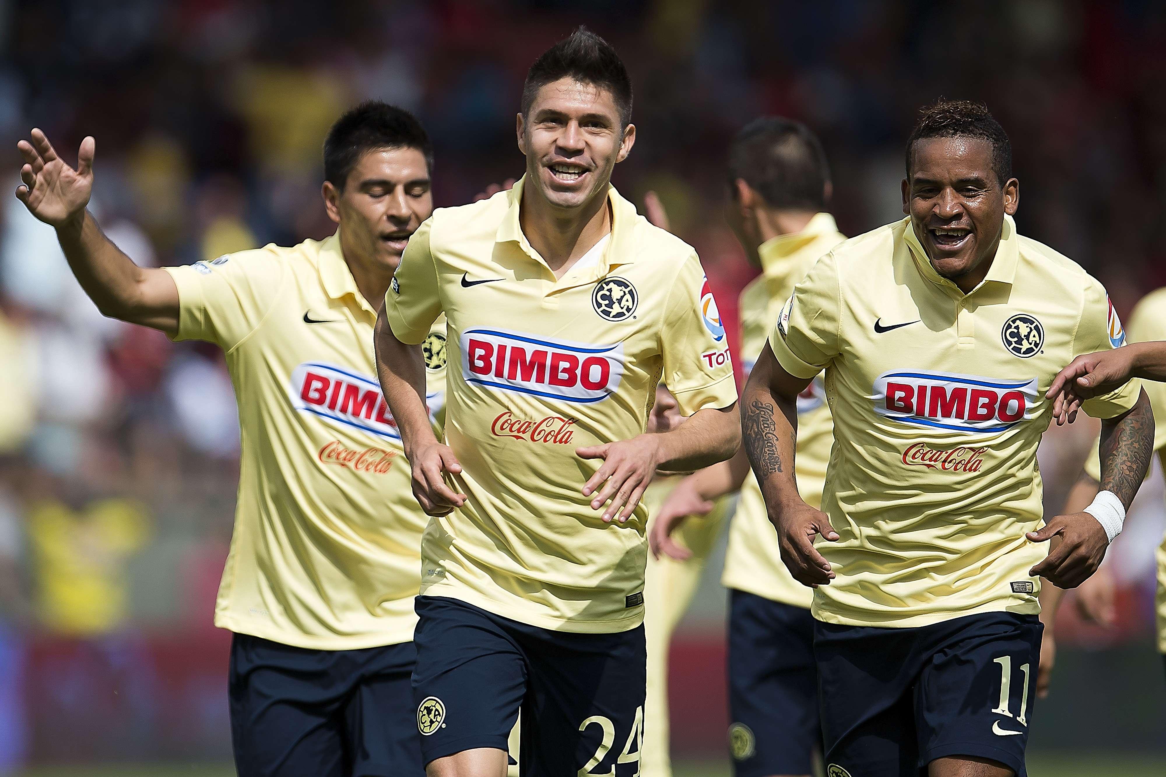 Oribe Peralta, delantero de las Águilas del América Foto: Mexsports