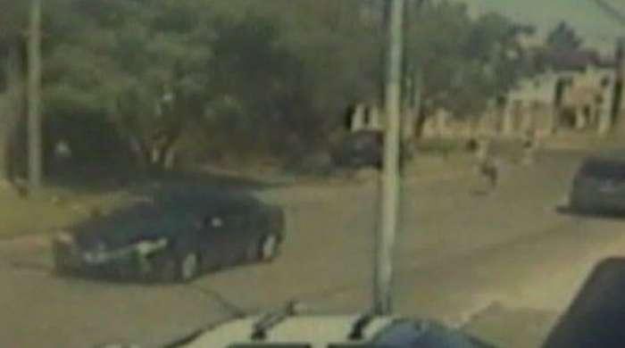 El coche que atropelló al niño de 4 años. Foto: Captura de TV (C5N)