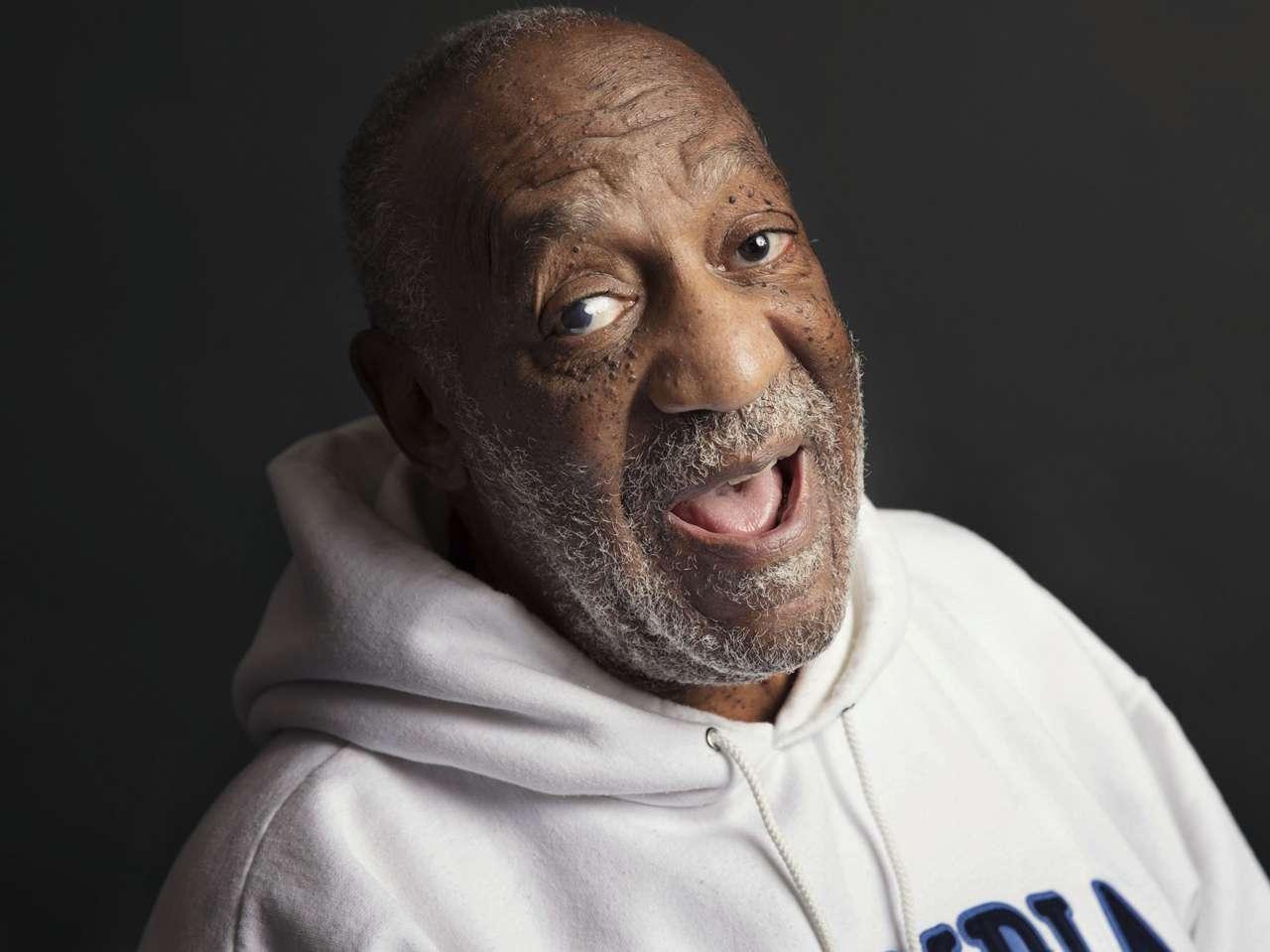 En medio del escándalo, Bill Cosby ofreció un show a beneficio de una organización civil Foto: AP en español
