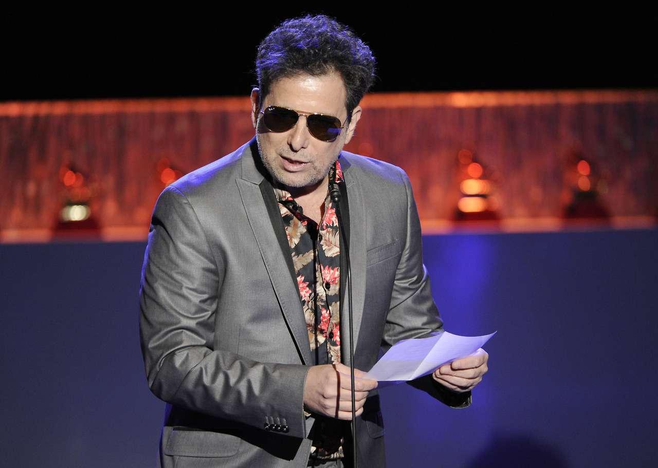 """CUANDO NO ESTÁS. La canción de Andrés Calamaro fue premiada por la Academia Latina de Grabación como """"Mejor canción de rock"""" con un Grammy en la gran fiesta de la música que se celebró en el hotel MGM Grand Arena de Las Vegas. Foto: AP en español"""