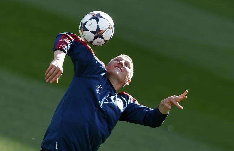 Meia do Bayern Bastian Schweinsteiger durante treino da equipe, em foto de arquivo. 22/04/2014 Foto: Michael Dalder/Reuters