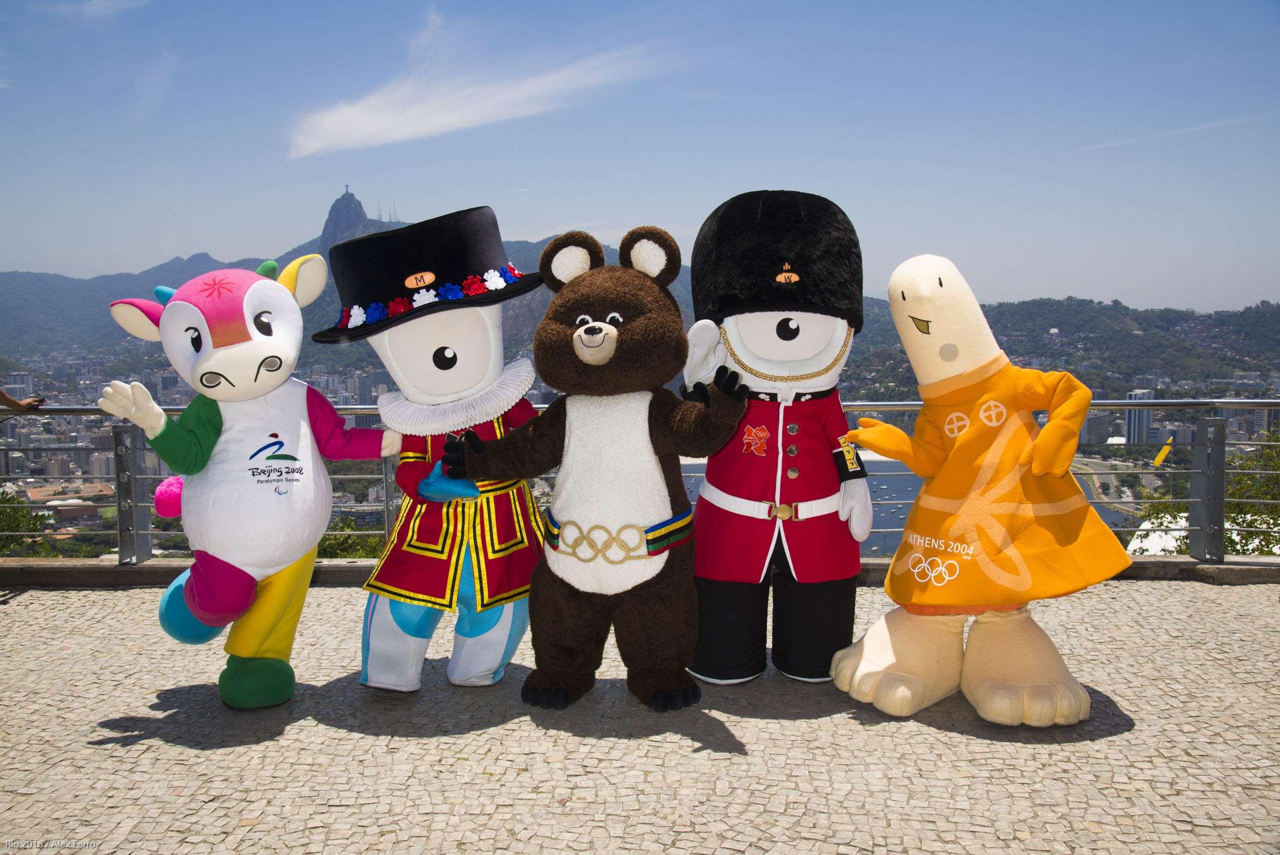 Mascote históricos de Olimpíadas animaram Rio de Janeiro nesta sexta Foto: Divulgação