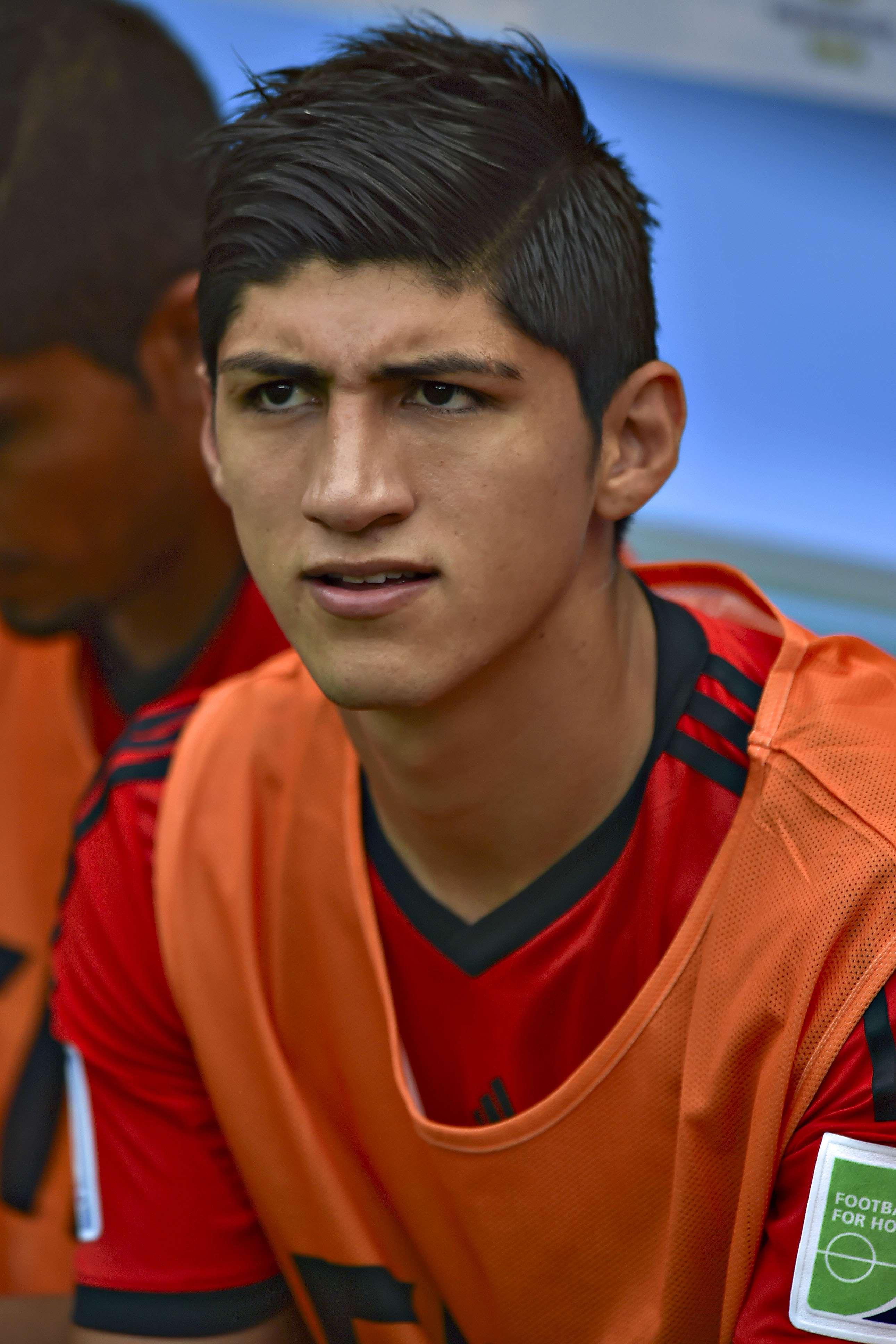 Alan Pulido sigue sin resolver su situación con Tigres de la UANL. Foto: Imago 7