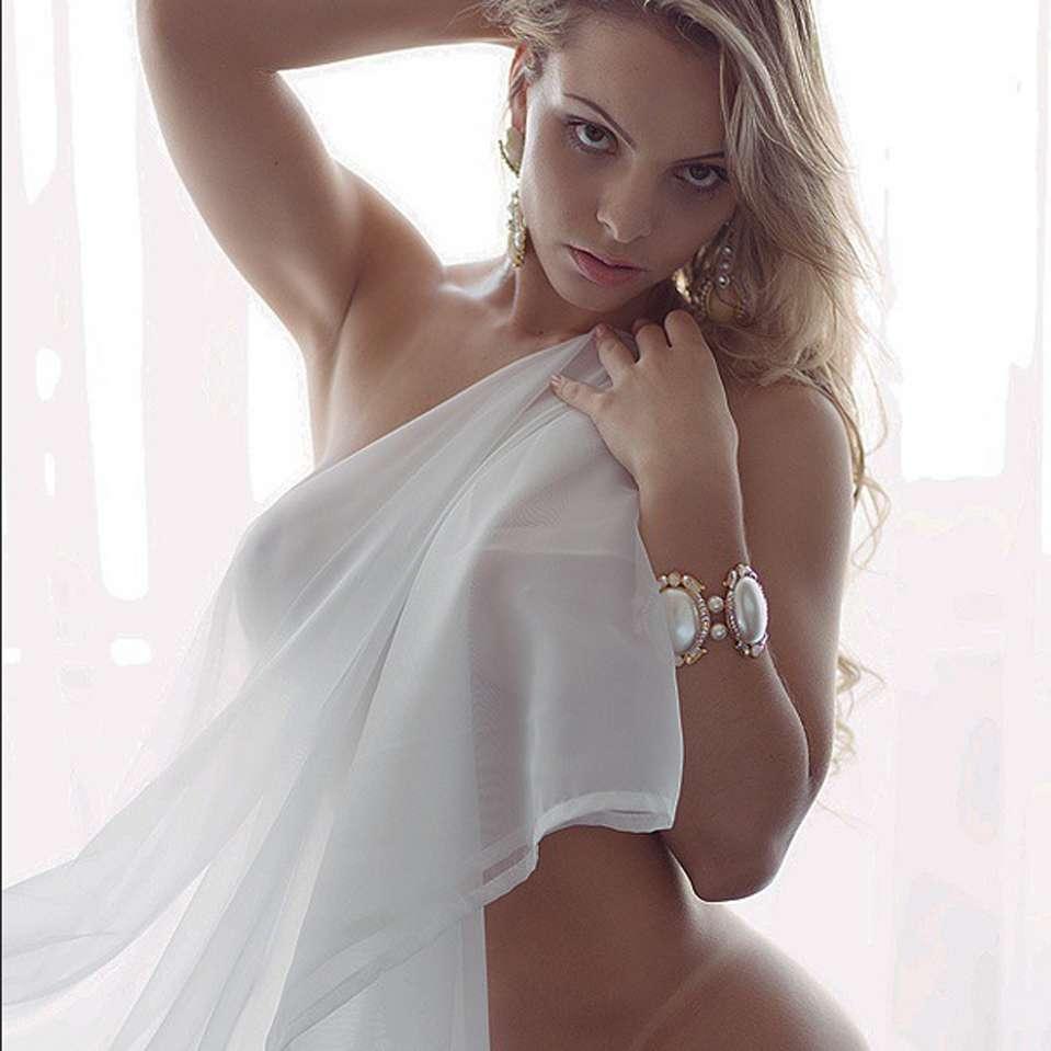 Cariñosa Indianara Carvalho: una miss con tremendo bumbum Foto: Instagram.com/indianaracarvalho