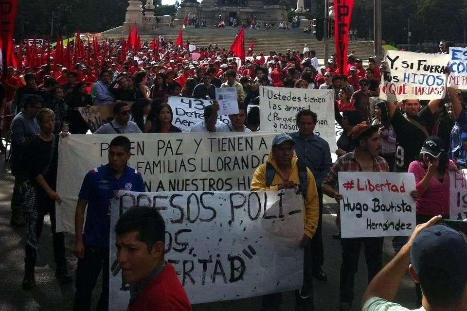 Familiares acusan detenciones arbitrarias y violación a derechos humanos. Foto: Reforma