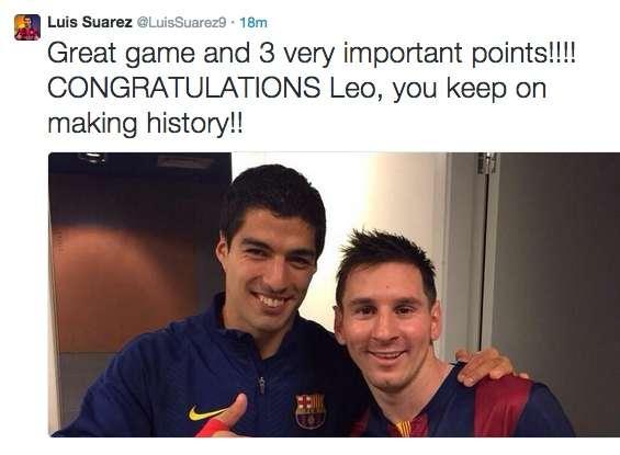 Felicitación del uruguayo Luis Suárez, que también participó en la victoria del FC Barcelona ante el Sevilla y pudo estar presente en el gol con el que Leo Messi batió el récord de Zarra en La Liga Foto: Twitter