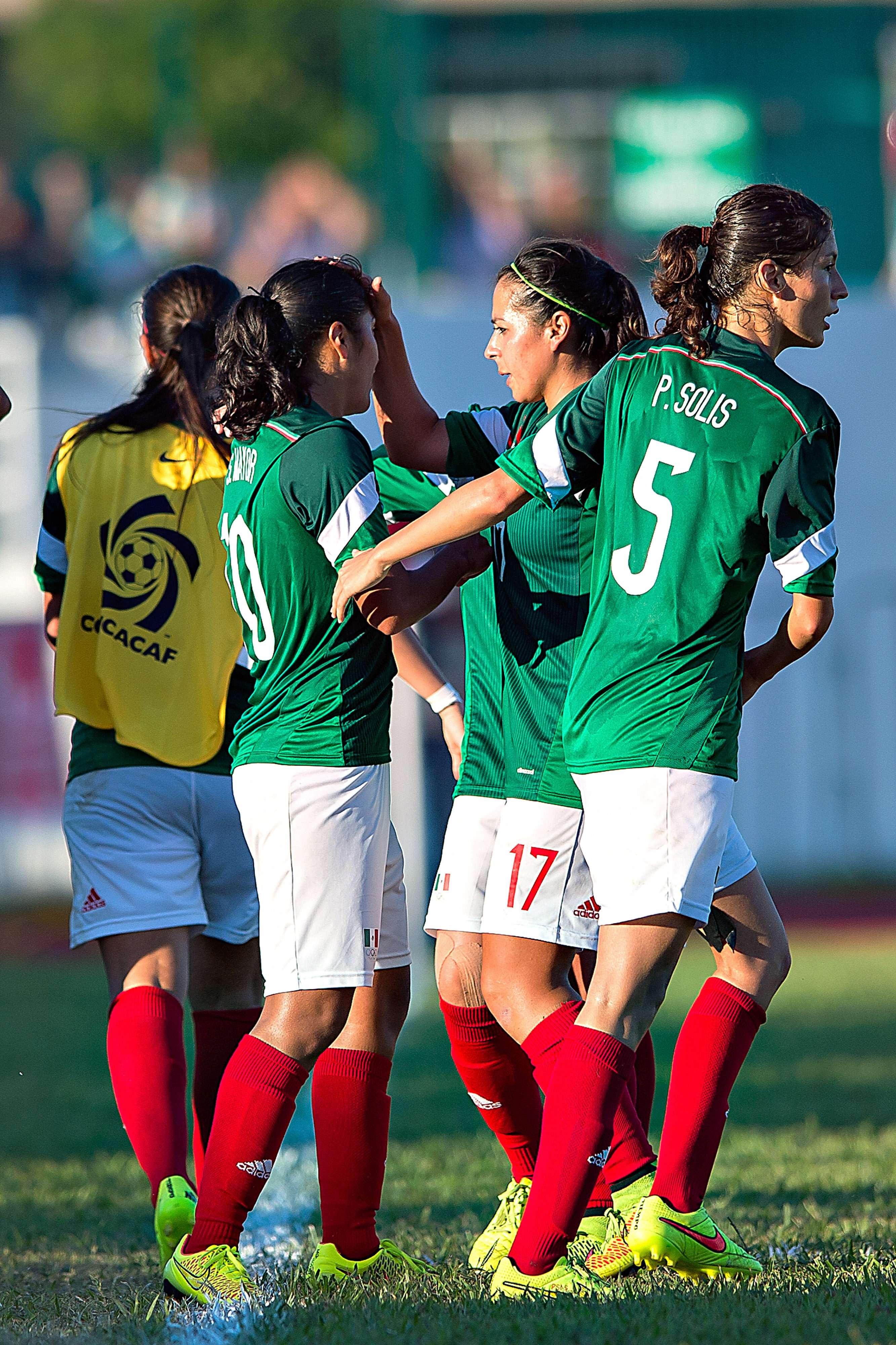 Las dirigidas por Leonardo Cuéllar cerraron con siete puntos, tras un empate y dos victorias. Foto: Mexsport
