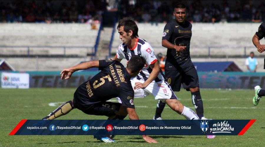 Rayados en su enfrentamiento ante Pumas de la UNAM en CU en la Jornada 17 del Apertura 2014. Foto: David Tamez/Rayados