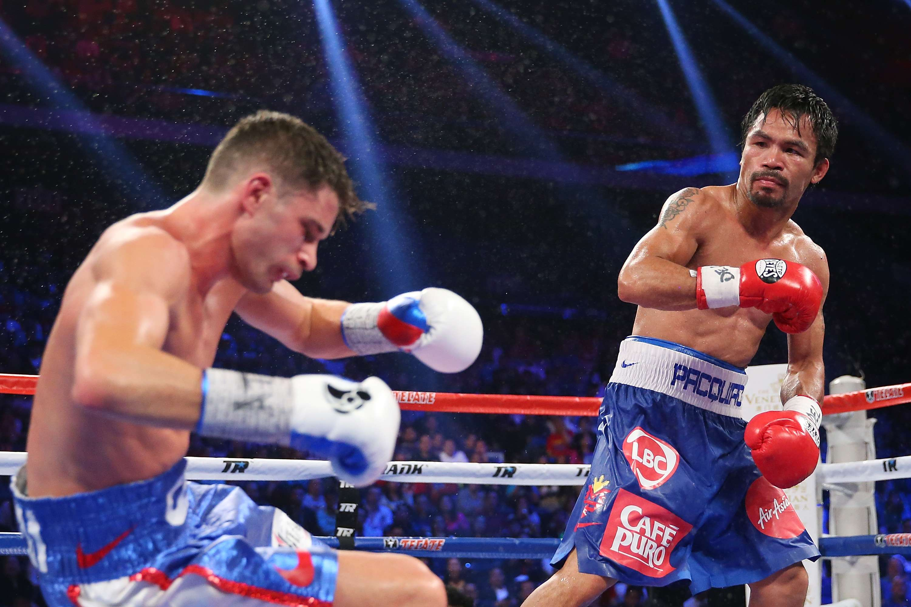 Manny Pacquiao domina a Chris Algieri y sigue como campeón. Foto: AP, AFP y Getty Images