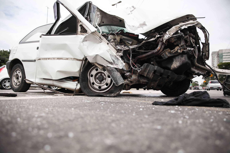 Veículo ficou bastante danificado após o acidente Foto: Douglas Pingituro/Futura Press