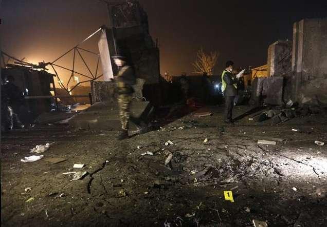 O ataque suicida deixou ao menos 50 mortos e dezenas de feridos neste domingo Foto: Twitter