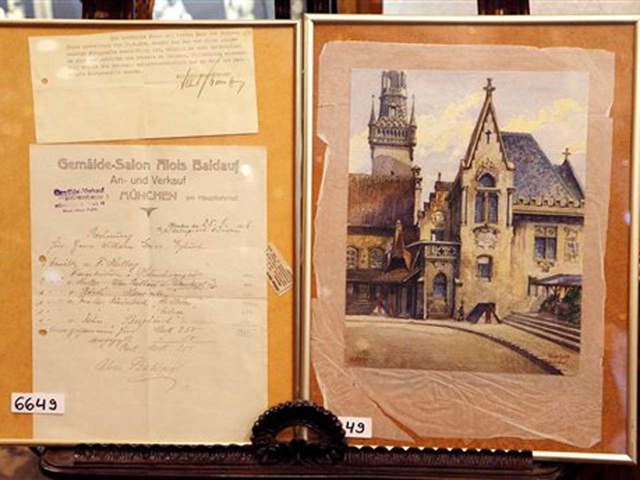 'El viejo ayuntamiento' por Adolfo Hitler. Foto: AP en español