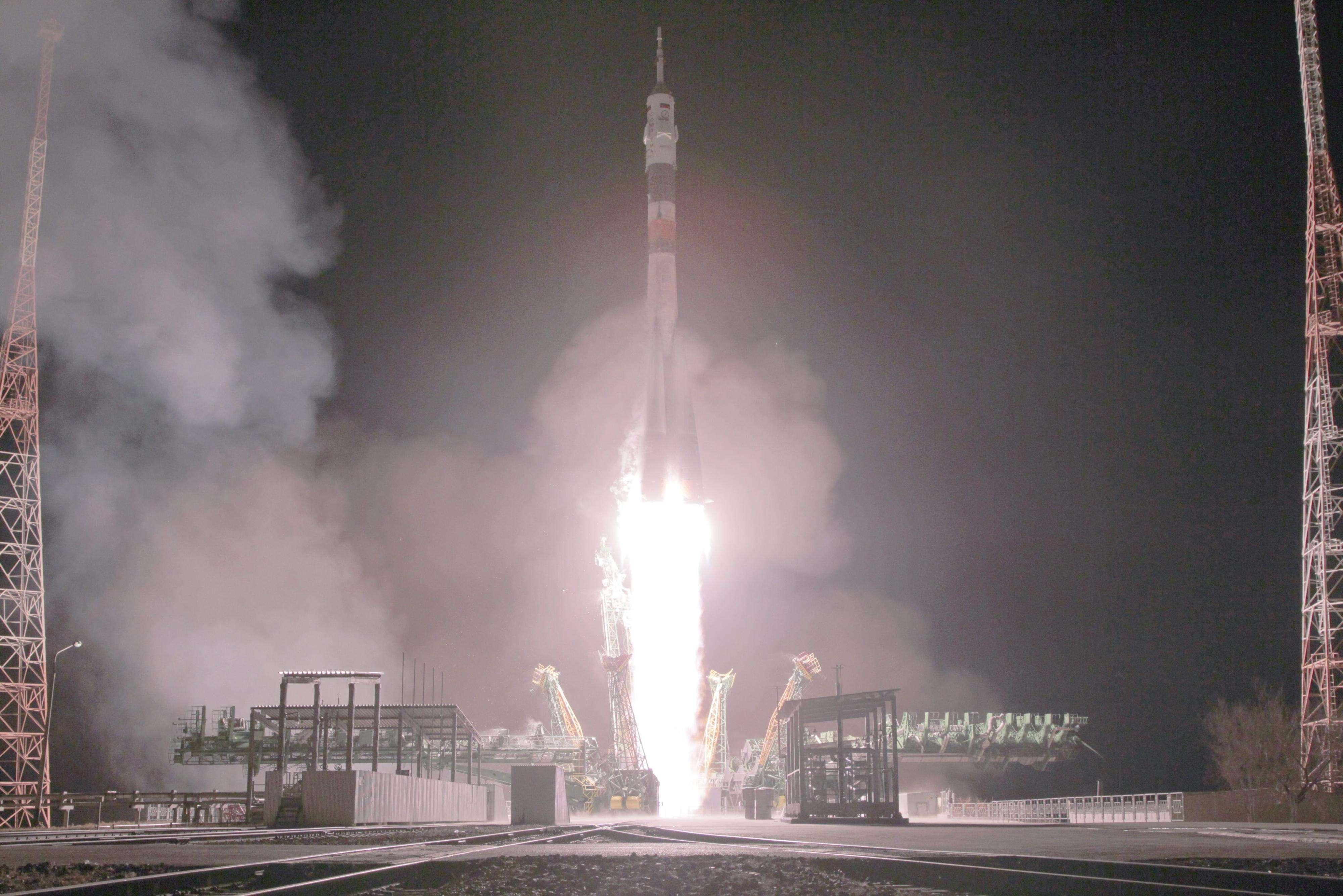 Momento del despegue de la Soyuz TMA-15 M Foto: EFE en español