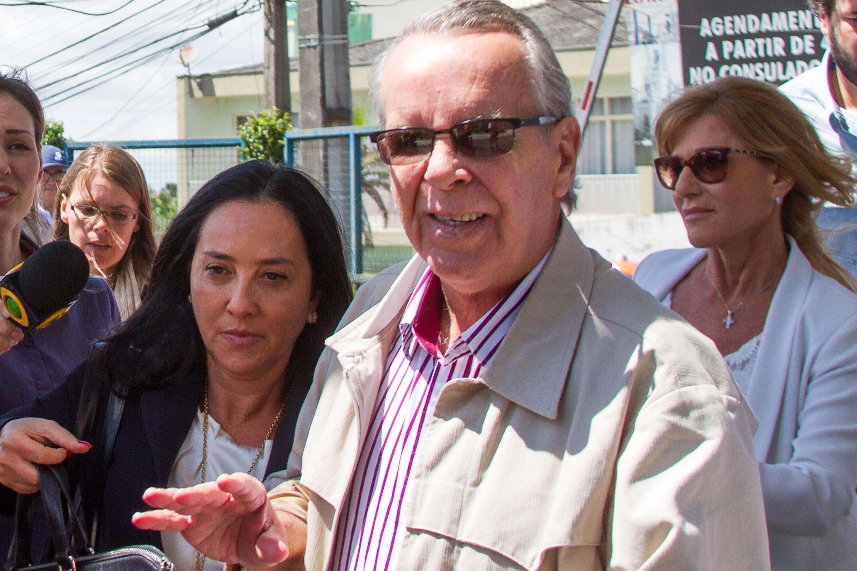 Adarico Negromonte Filho chega na sede da PF em Curitiba, no Paraná Foto: Vagner Rosario/Futura Press