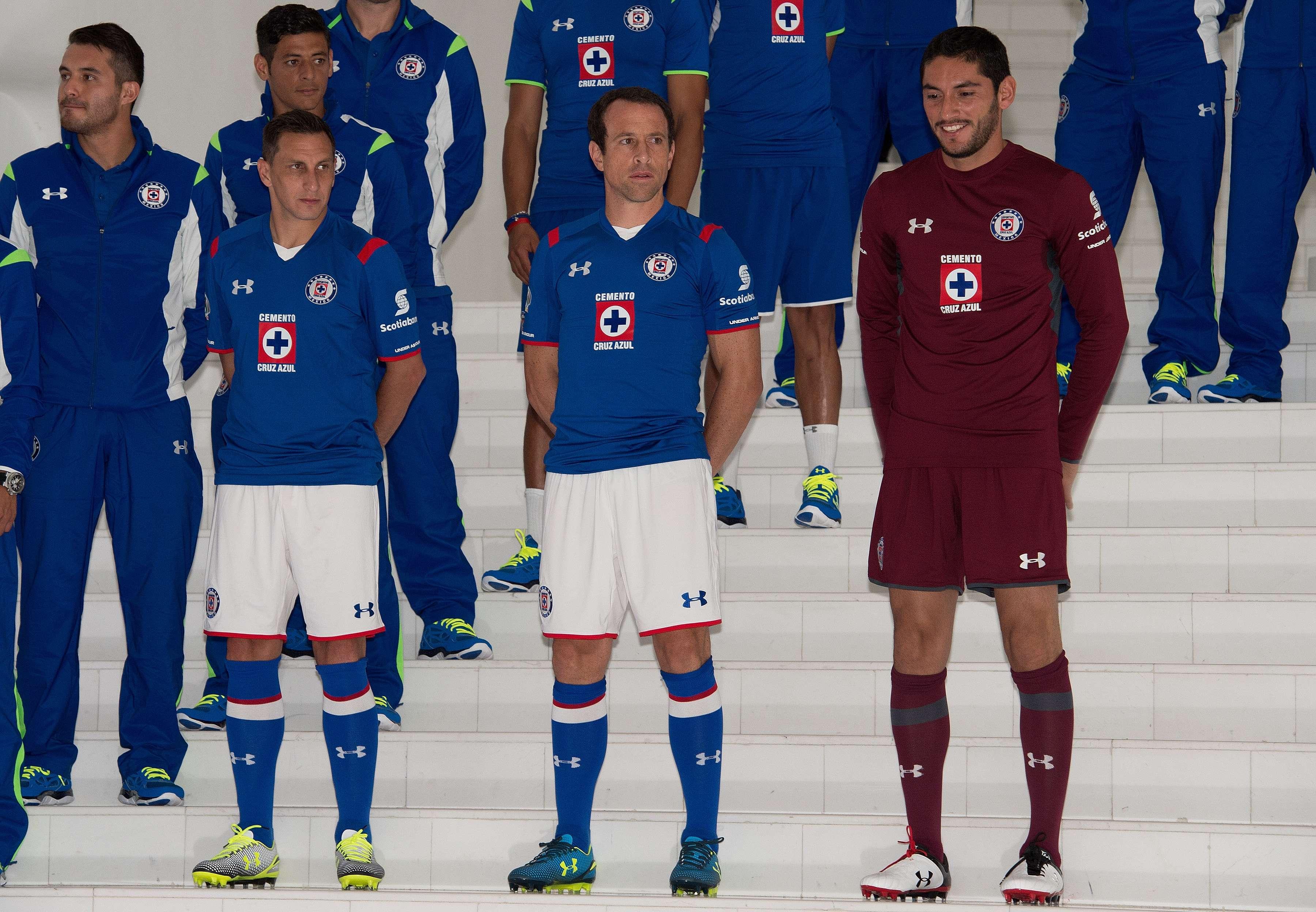 Cruz Azul estrenó marca el 15 de julio de 2014 y ahora tendrá un nuevo uniforme para el Mundial de Clubes. Foto: Mexsport