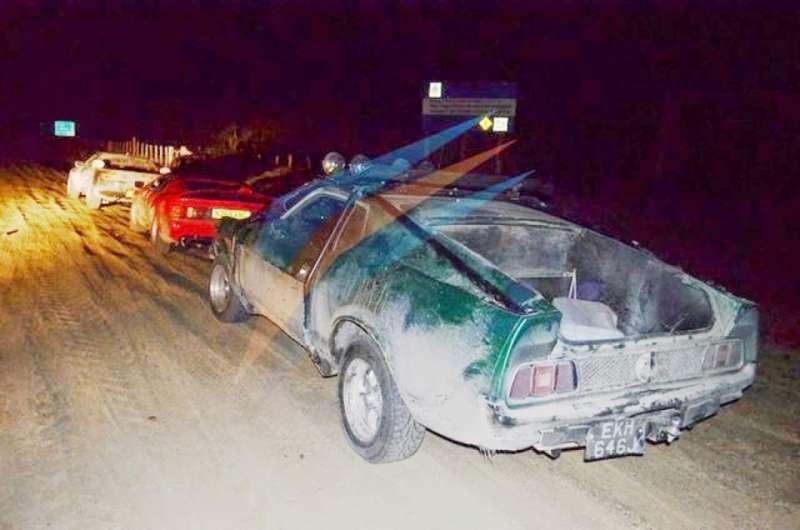 Los autos de Top Gear fueron atacados a piedrazos. Foto: archivo
