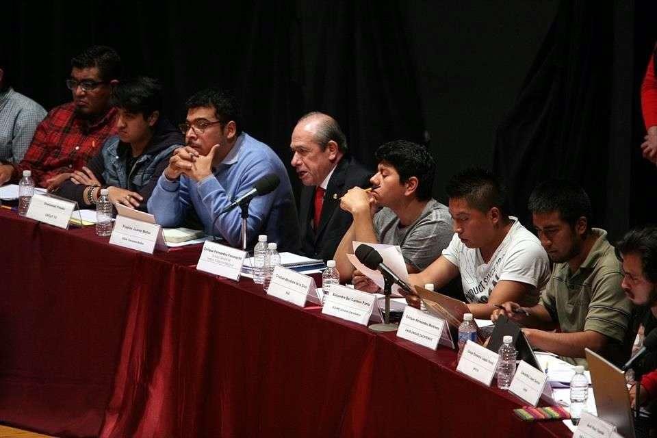 La Secretaría de Educación Pública (SEP), informó que este martes prevén firmar los ocho puntos de acuerdo logrados con la Asamblea General Politécnica y poner fin al conflicto en el Instituto Politécnico Nacional (IPN). Foto: Alejandro Mendoza/Reforma