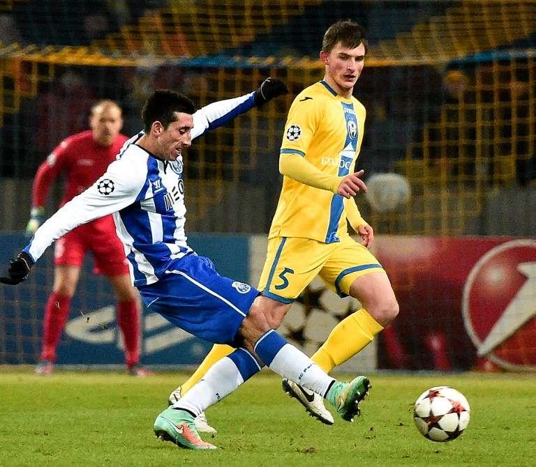 Héctor Herrera aportó dos asistencias en la goleada del Porto en Champions League. Foto: AFP