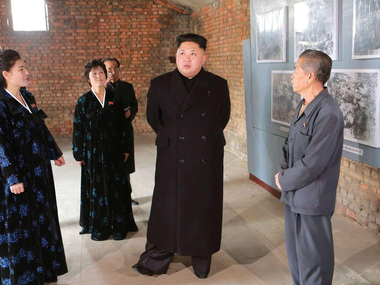El líder norcoreano visitó el museo militar este martes Foto: AFP en español