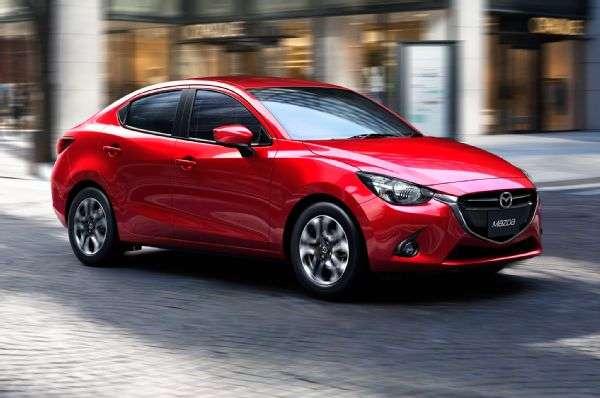 Mazda está listo para introducir la versión sedán del Mazda2, que será presentado en el Auto Show de Tailandia. Foto: Autos Terra MotorTrend