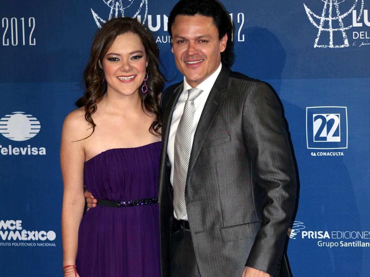 Pedro Fernández y Rebeca Garza. Foto: Medios y Media