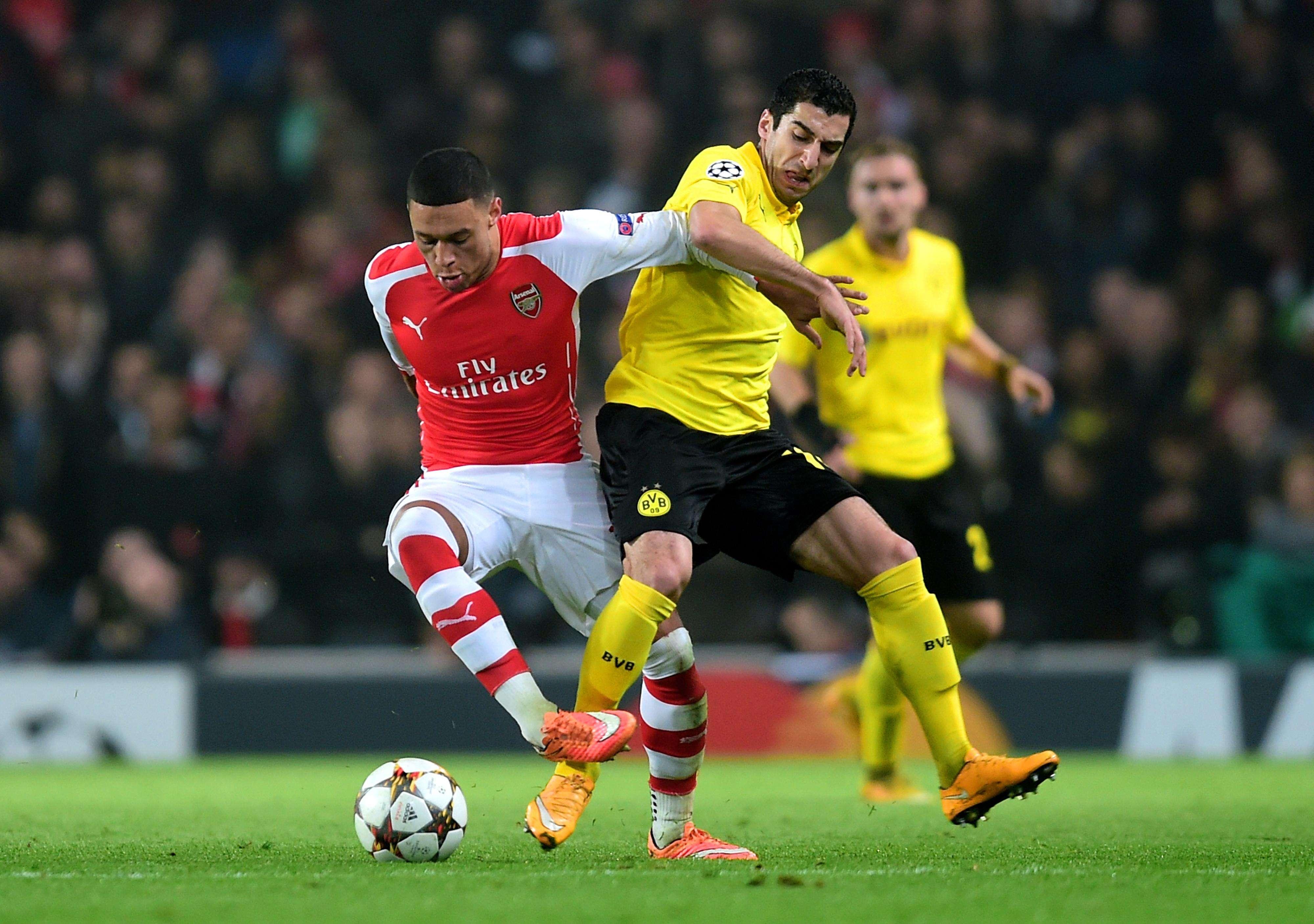 Con goles de Yaya Sanogo y Alexis Sánchez, Arsenal vence 2-0 al Borussia Dortmund y clasifica a octavos de final Foto: Getty Images