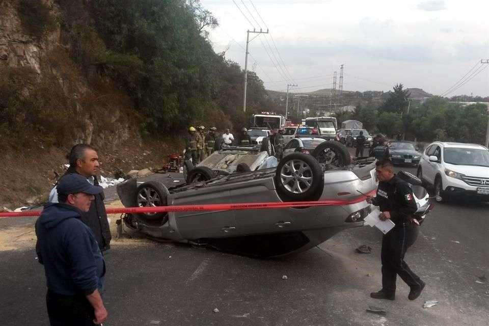 Un bebé murió en un accidente automovilístico sobre Avenida Jorge Jiménez Cantú. Foto: Agustín Márquez/Reforma