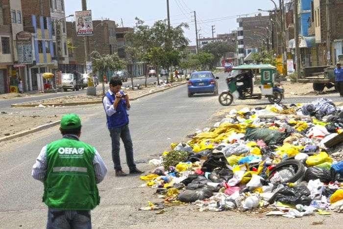 La situación de limpieza en pública en Comas. Foto: Difusión