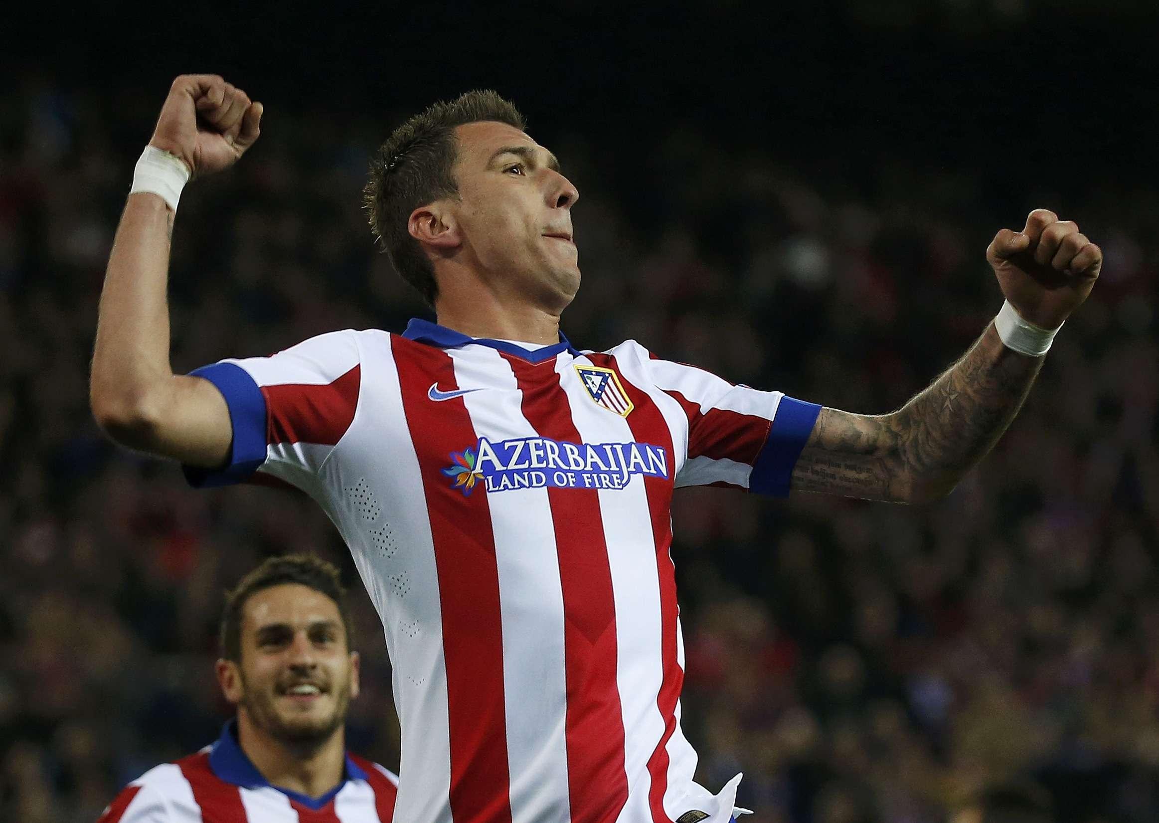 Manduzic marcou três vezes e decidiu a partida para o Atlético de Madrid Foto: Juan Medina/Reuters