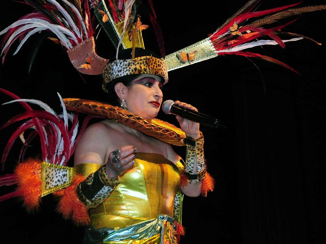 Astrid Hadad representará el cabaret mexicano en París. Foto: Medios y Media