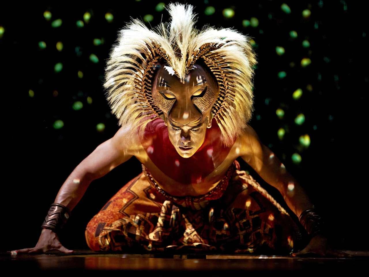 Durante dos años, Carlos Rivera interpretó a Simba en la versión española del musical 'El Rey León'. Foto: Reforma